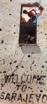Fehim Demir & EPA – Ο τοίχος από το Welcome to Sarajevo (Η κλασική φωτογραφία του Ron Haviv) βομβαρδισμένος – Sarajevo building with mortar marks Εγχρωμη [1995] – 20124516149452734_8
