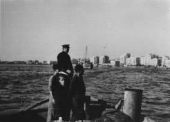 Μέλη του ΕΛΑΝ φυλάνε το λιμάνι της Θεσσαλονίκης, 05 Νοεμβρίου 1944. Φωτογραφία Νο #20.