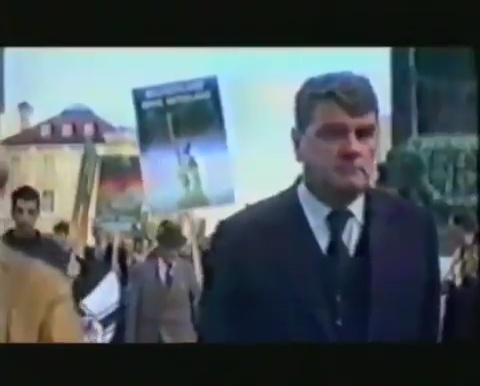 1987, ο Davig Irving σε διαδήλωση υπέρ του Rudolf Hoess